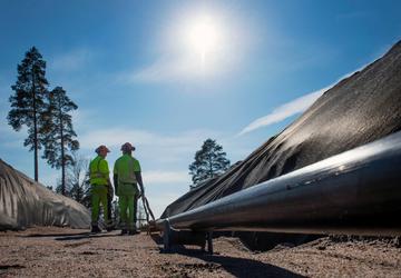 High voltage underground cable installation in Sweden